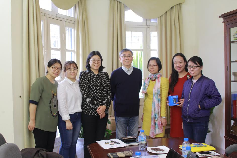 VIRI had a meeting with experts from Korea's SungKongHoe University.