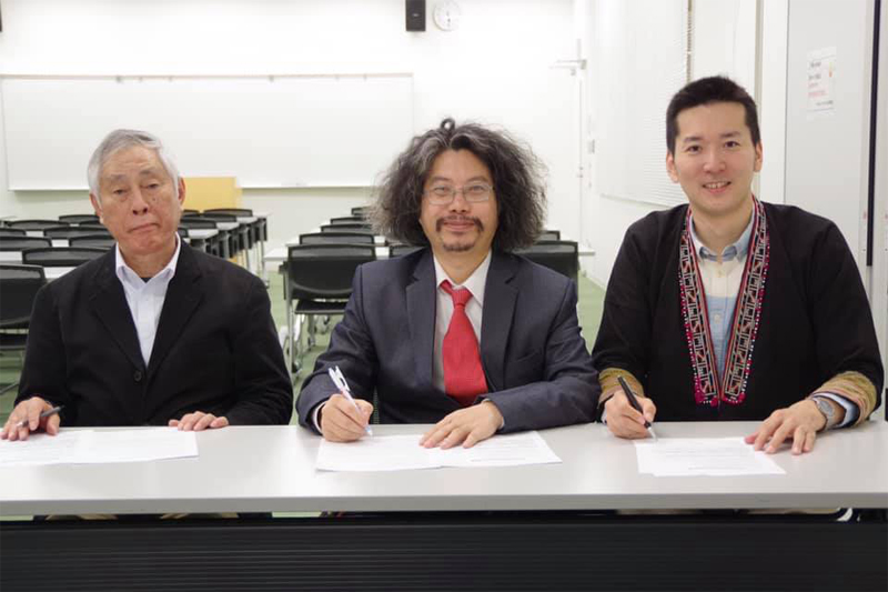 VIRI, Vietcraft and Oita OVOP committee have made an official agreement on a mutual collaboration for IOVOP activities.